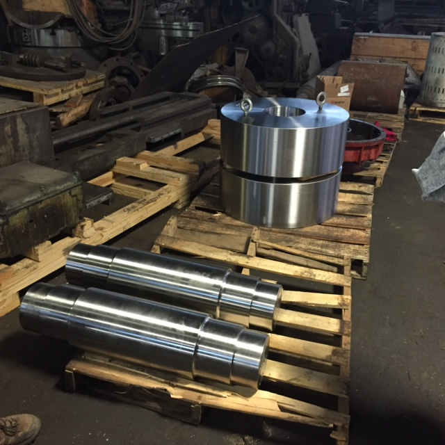 Trunnion Rollers & Shafts
